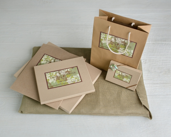 Elizabeth Thompson Photography Packaging