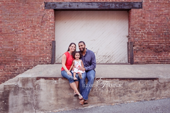 Family Photographer Clarksville TN, Elizabeth Thompson Photography