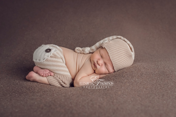 Newborn and Maternity Photographer Clarksville, Nashville and Fort Campbell